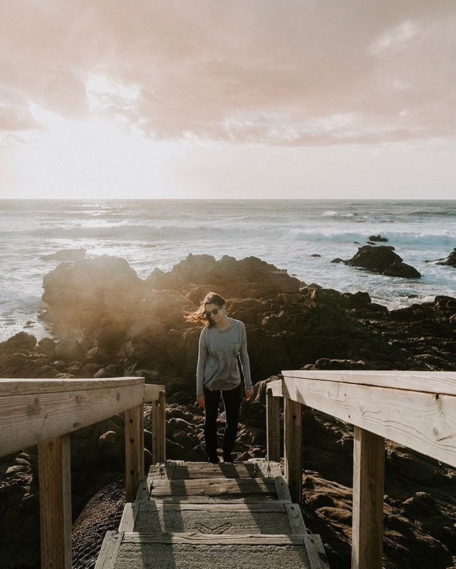 I had the best time in Cambria last weekend. I basically just ate the entire weekend, along with occasional walks on the beach—I can't complain. Did you know Cambria is located exactly halfway between San Francisco and LA? I didn't either. Now we know ☺️ ✳︎ I just wrapped up a blog post about my weekend in Cambria, which shares all the details on what I did (which, again, was a lot of eating.) In a few weeks I'll be visiting another California coastal city, but this time it's in the opposite direction (north of SF.) Any guesses what it is? ✳︎ @visitcambria #sponsored ----------------------------------------------- • • • • • #visitcambria #centralcoast #womenwhoexplore #centralcalifornia #californiacoast #westcoast #visitcalifornia #goldenhour #pacificcoast #pacificcoasthighway #explorecalifornia #californiaholica #travelblogger #lifestyleblogger #thehappynow #darlingescapes #sheisnotlost #livelittlethings #girlslovetravel #beautifulplaces #femmetravel #girlaroundworld #globalstorybook #shetravelz #thetravelwomen  #travelinladies #citizenfemme #girldiscoverer #darlingmovement
