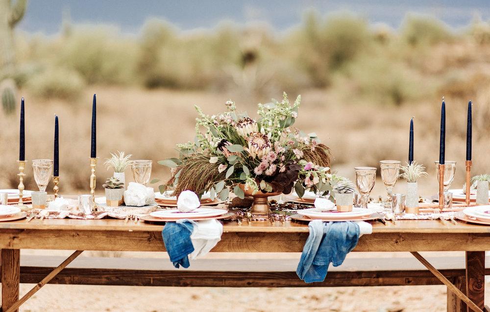 metallic desert shoot tremaine ranch phoenix arizona wedding event specialy vintage rentals7.jpg