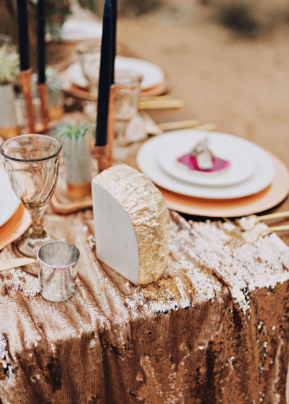 metallic desert shoot tremaine ranch phoenix arizona wedding event specialy vintage rentals19.jpg