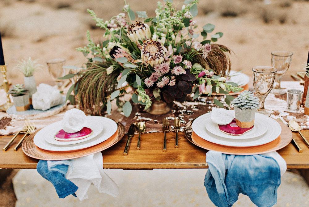 metallic desert shoot tremaine ranch phoenix arizona wedding event specialy vintage rentals22.jpg
