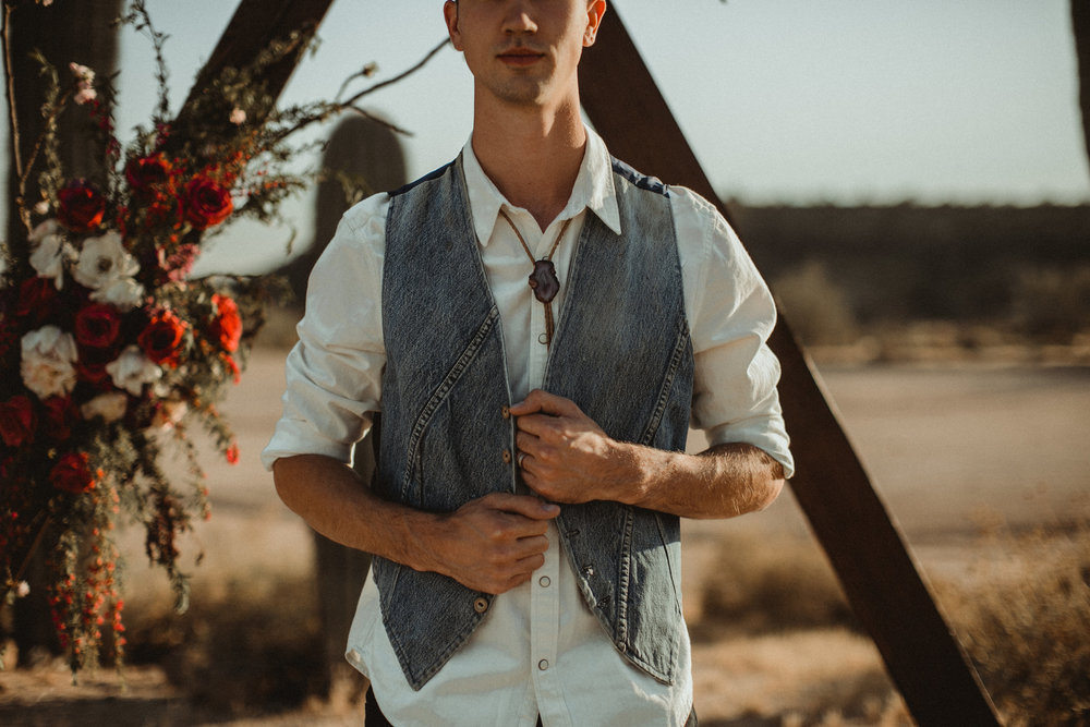 Desert Boho Vagabond Inspiration Shoot with Tremaine Ranch, From the daisies, Noir Floral, Phoenix, Arizona - Wedding & Event Rentals, Vintage, Specialty64.jpg
