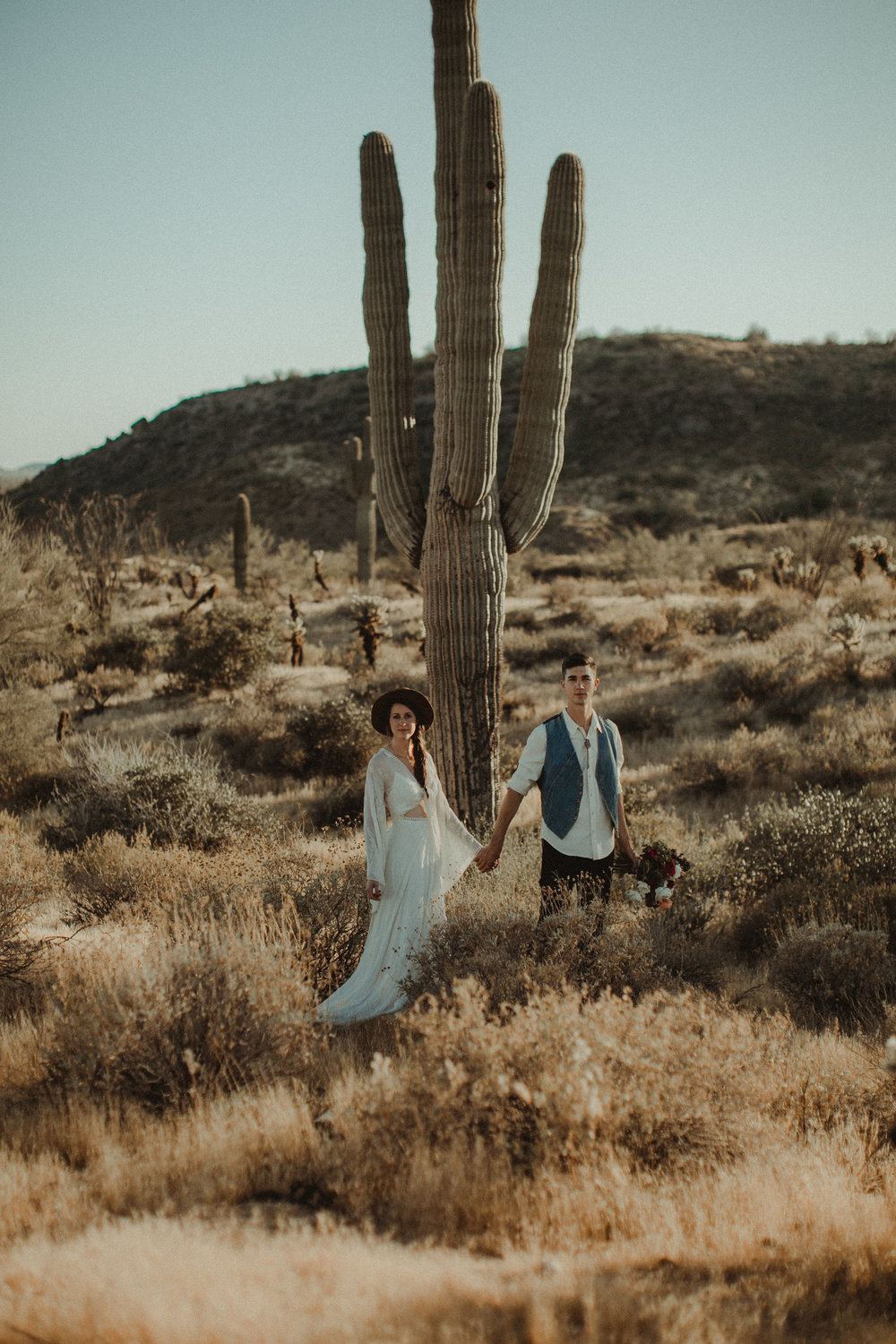 Desert Boho Vagabond Inspiration Shoot with Tremaine Ranch, From the daisies, Noir Floral, Phoenix, Arizona - Wedding & Event Rentals, Vintage, Specialty71.jpg