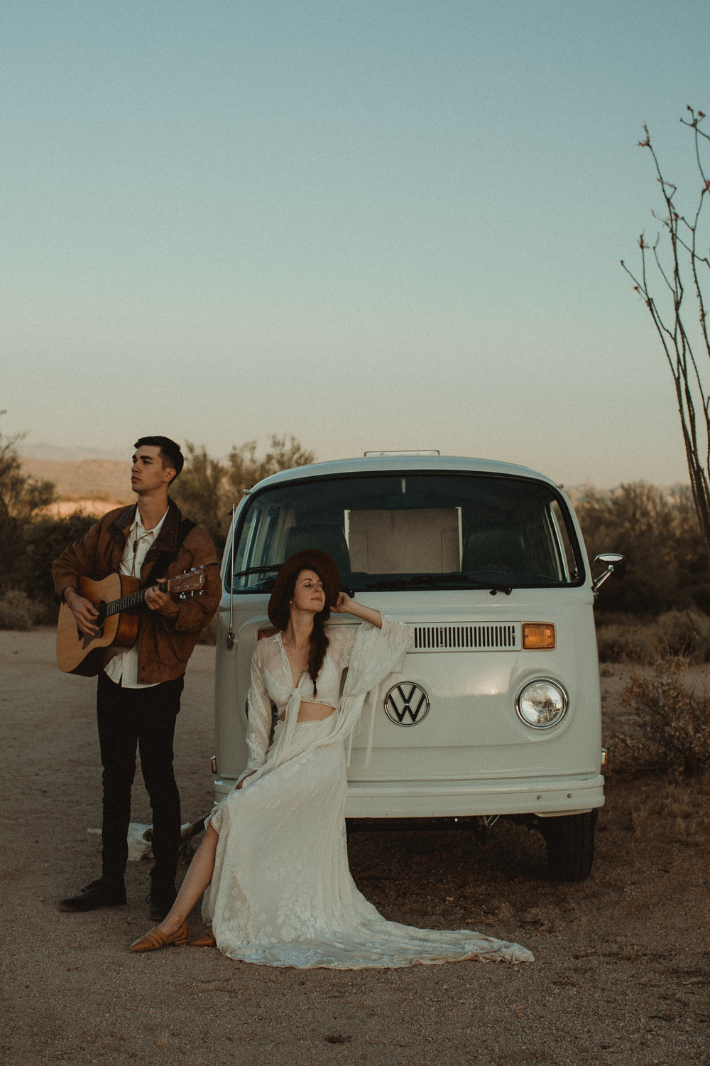 Desert Boho Vagabond Inspiration Shoot with Tremaine Ranch, From the daisies, Noir Floral, Phoenix, Arizona - Wedding & Event Rentals, Vintage, Specialty131.jpg