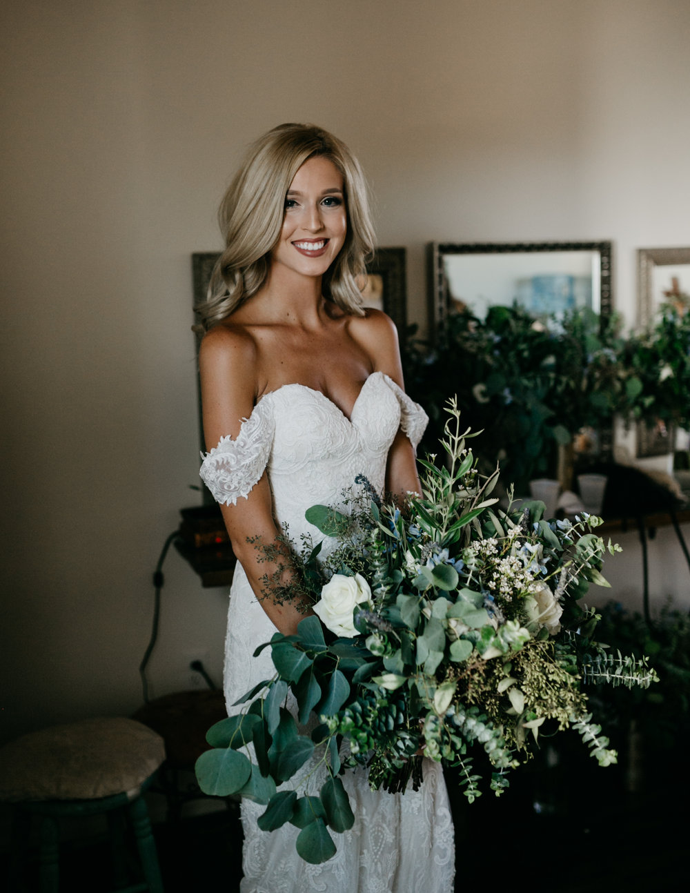 All You Need is Love and Doughnuts!  - with Tremaine Ranch - Arizona Wedding & Event, Vintage, Furniture, Tableware, & Specialty Rentals in Phoenix, Tucson, Flagstaff, Sedona, Tempe, Chandler, Mesa, Gilbert, Prescott, Payson5.jpg