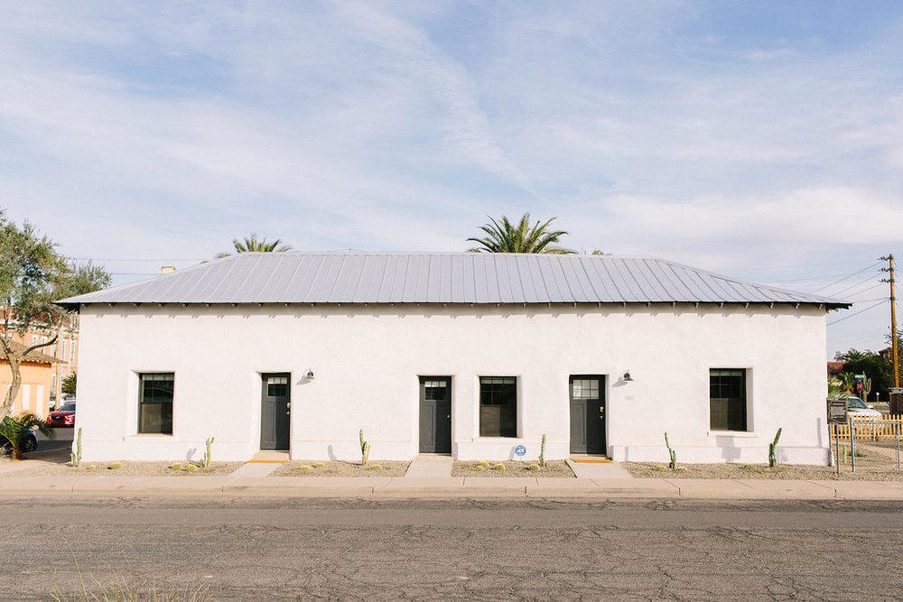 Rowhouse 25 - Air bnb accommodation in Florence, Arizona- close to Windmill Winery - Historic VRBO - Phoenix 99.jpg