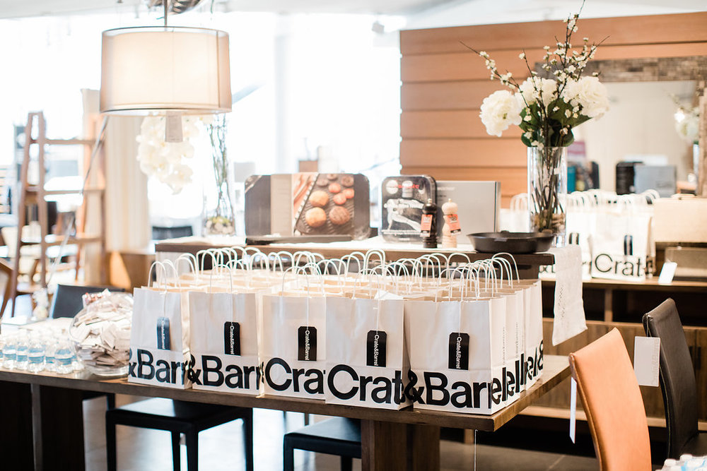 Crate Barrel Wedding Registry.Wedding Registry Event With Crate And Barrel Tremaine Ranch