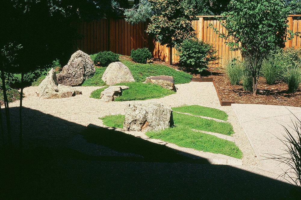 d-rock-garden.jpg