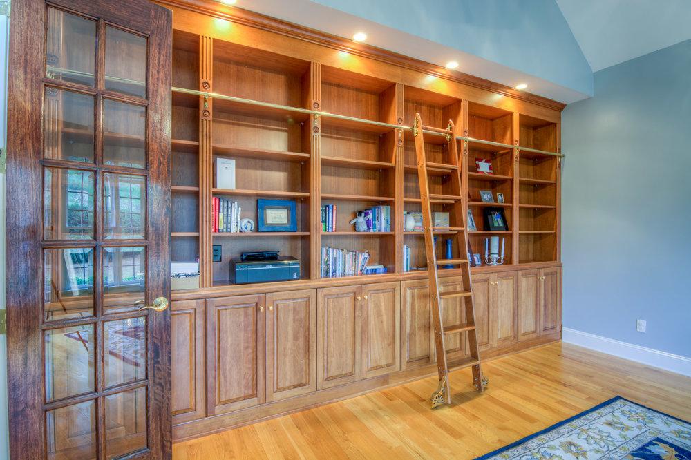 508 Vista Del Lago Raleigh Library