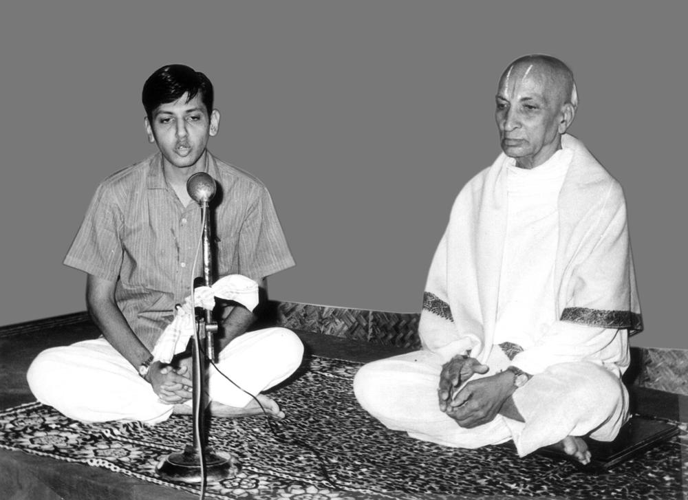 Srivatsa Ramaswami and his teacher, the great T Krishnamacharya.