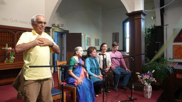 (L-R) TKV Desikachar, his wife Menaka, students Sonia Nelson, Kate Holcombe, Chase Bossart