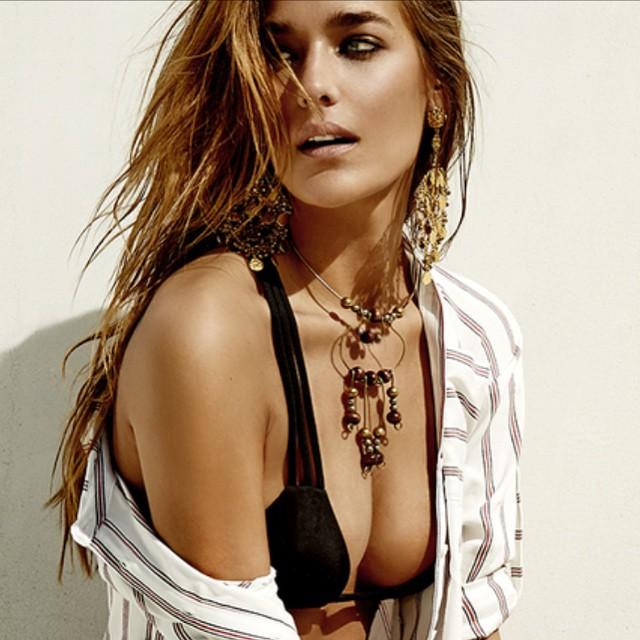Bikini dreams 🌴☀️ #LisaLozano #Gypset