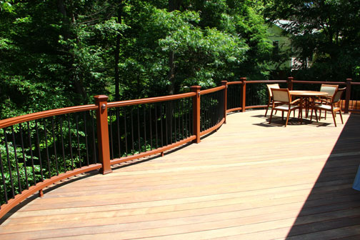 Curved Trex Transcend railing installed by Highland Renovations in Maryland