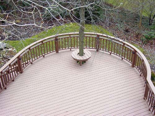 curved-timbertech-composite-deck.jpg