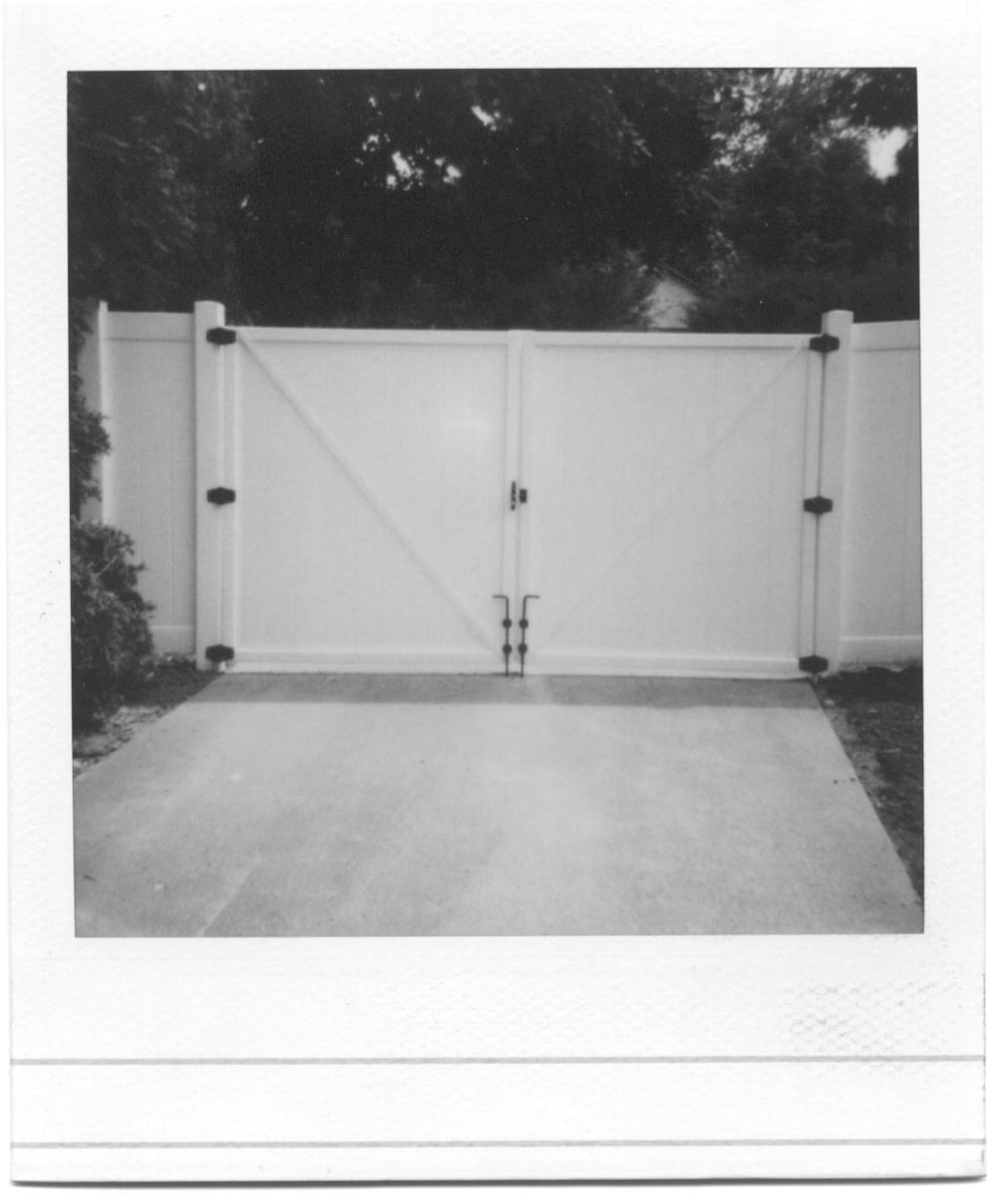 Vinyl Double Privacy Gate
