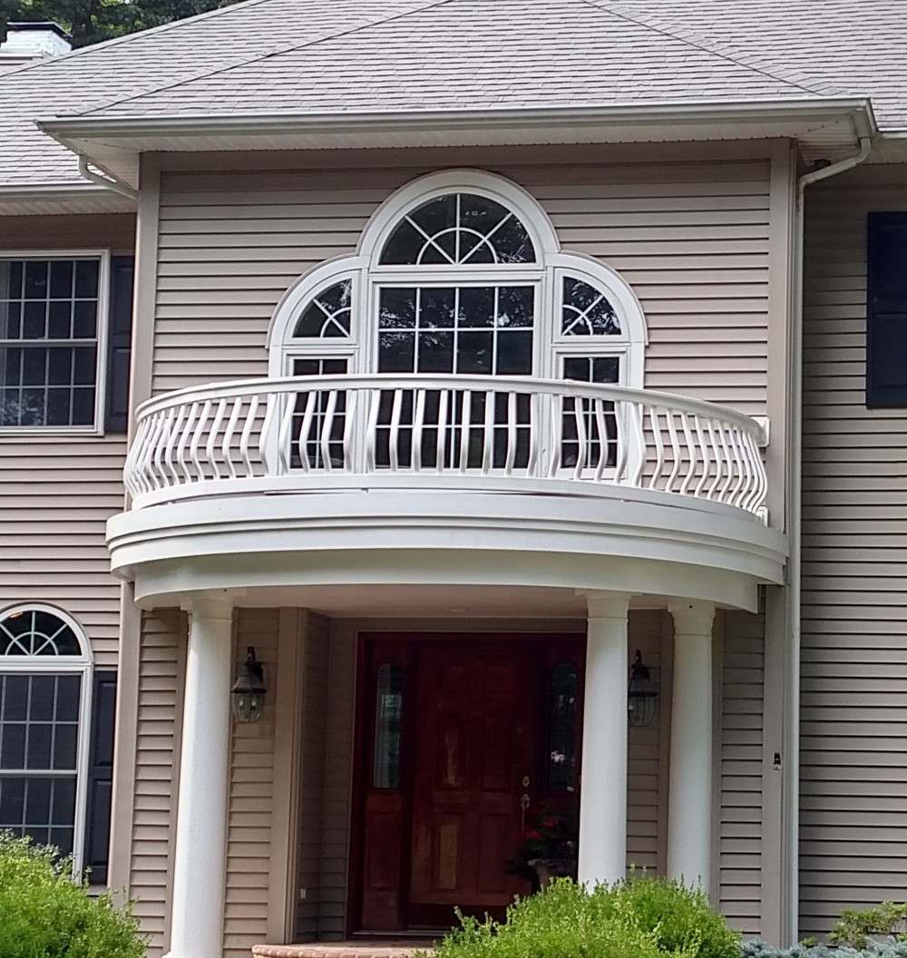 Curved Vinyl Rail - Widows Walk