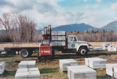 Wayne Was A Second Generation Commercial Beekeeper With Around 5000 Hives And Loads Of Equipment To Move Bees I Lucky Enough Dumb Be