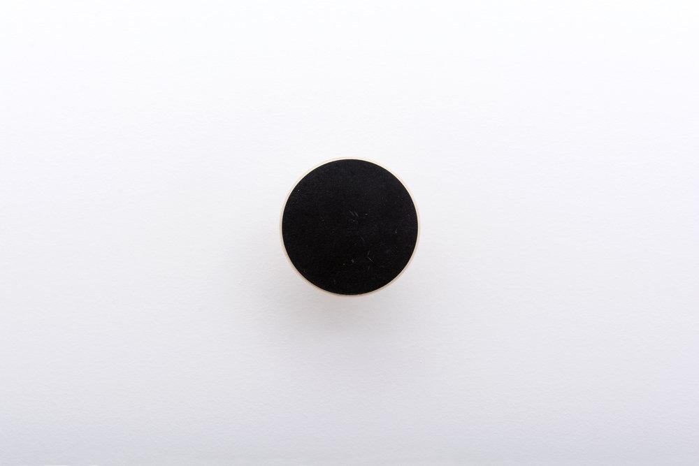 tis hook front 7 black.jpg