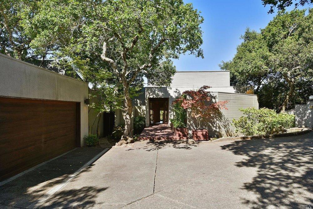 Santa Rosa - Sold for $1,250,000