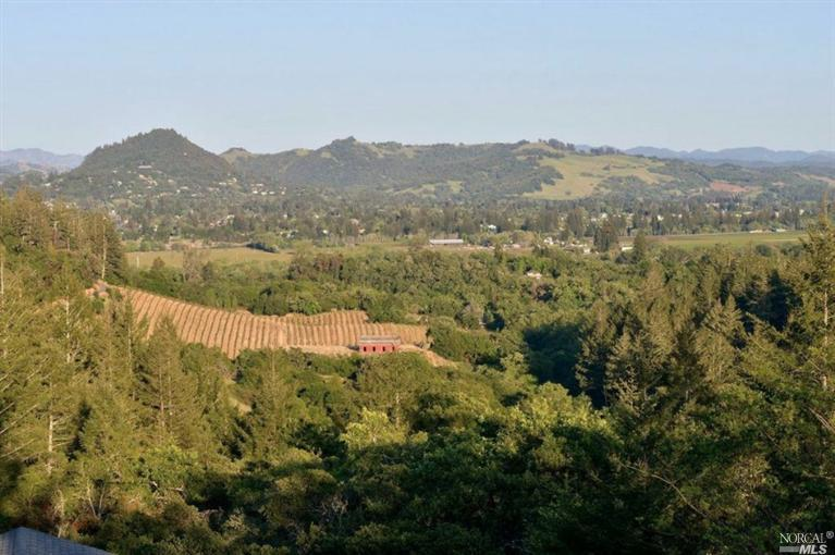 Healdsburg - Sold for $1,125,000