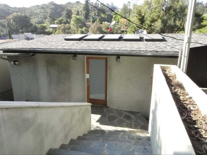 Hollywood Hills - Sold for $565,000