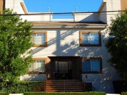 Sherman Oaks - Sold for $335,000