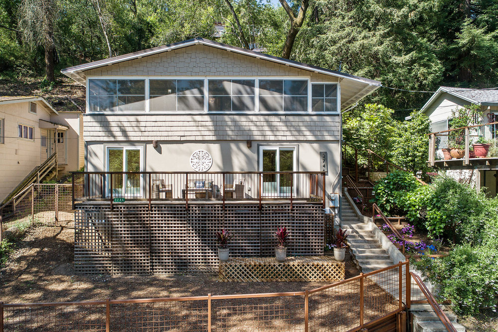 Healdsburg - Sold for $735,000