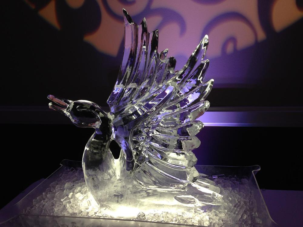 Goose ice sculpture