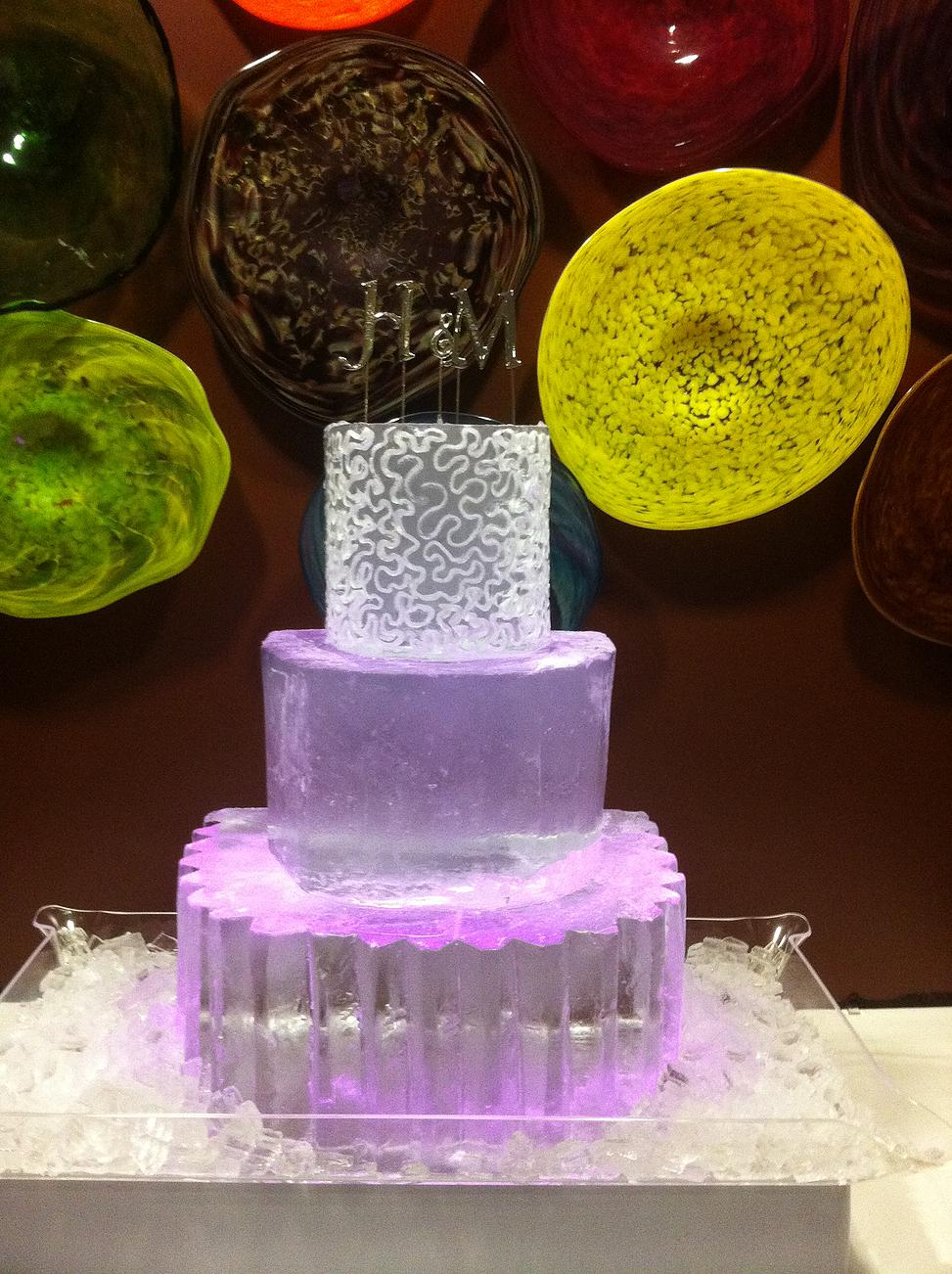 Wedding cake ice sculpture