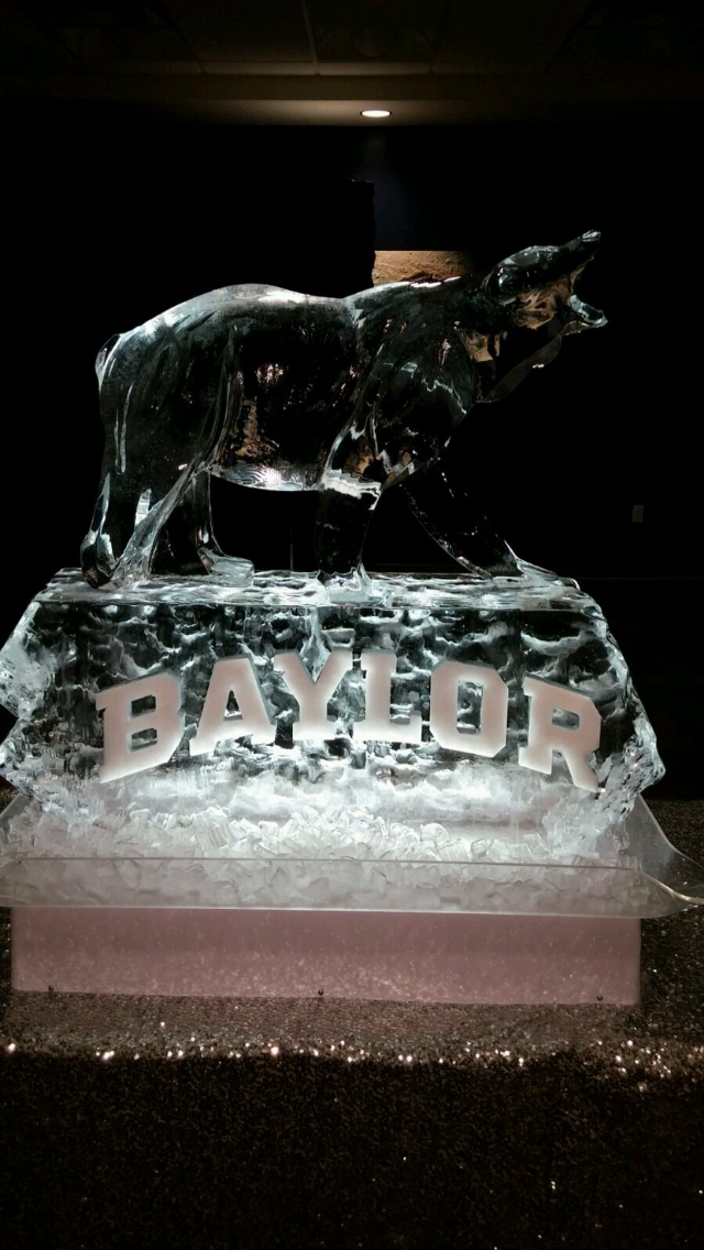Baylor bear ice sculpture