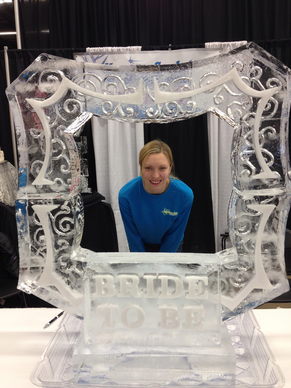 Picture frame ice sculpture