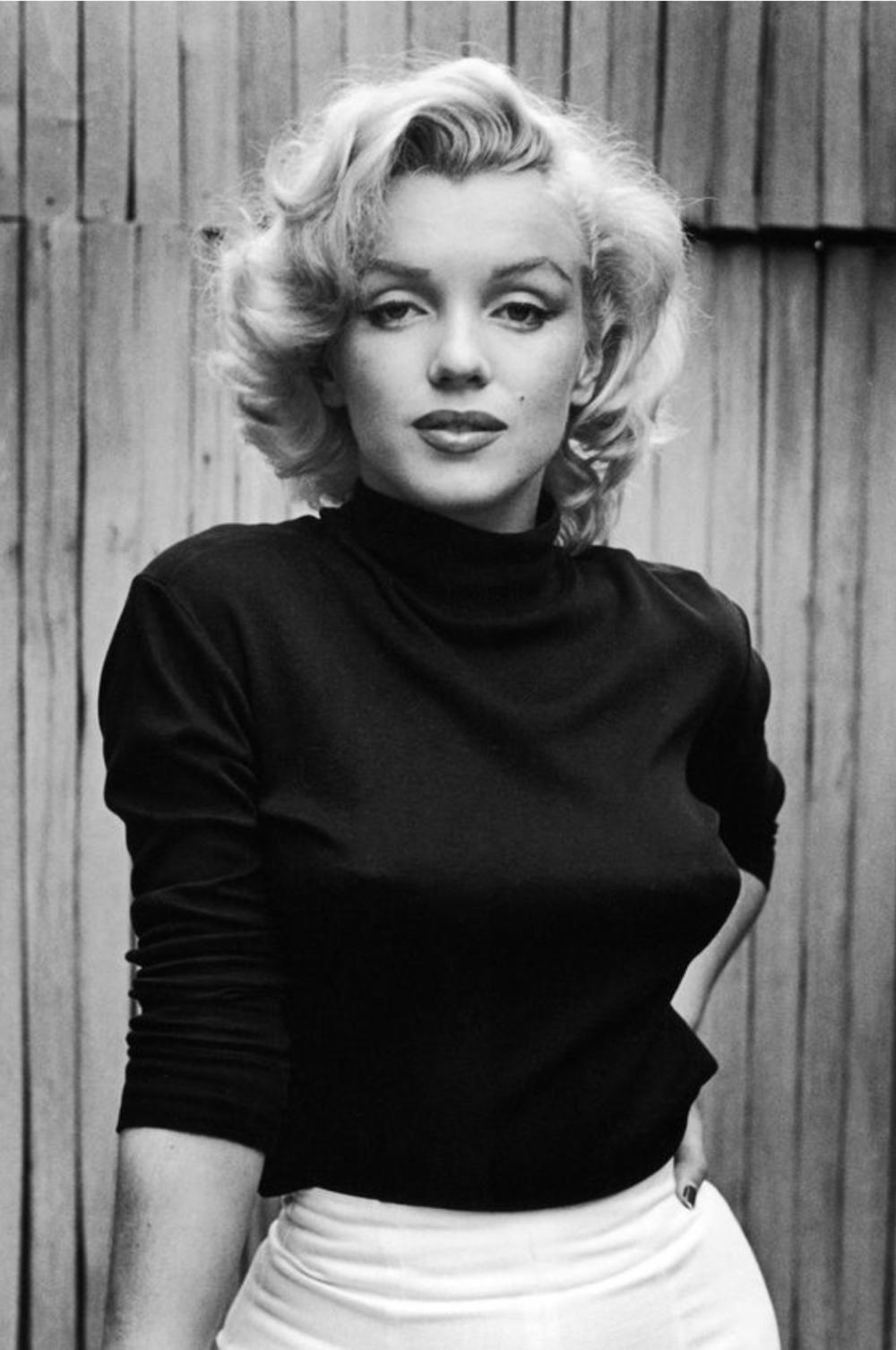 Marilyn Monroe Black and White Fashion Photo