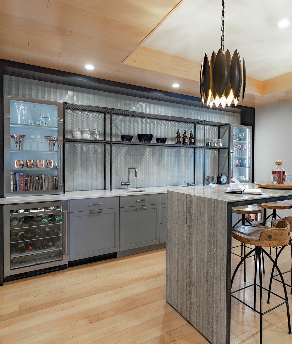 kitchen-bar.jpg