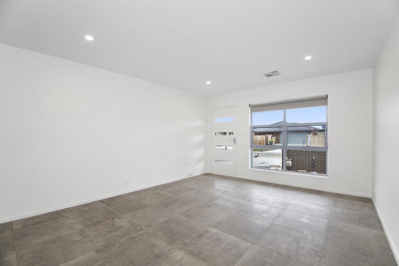 Living-Room-44-4400.jpg