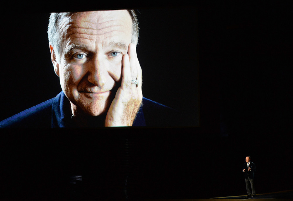 1409023978_billy-crystal-tribute-robin-zoom.jpg