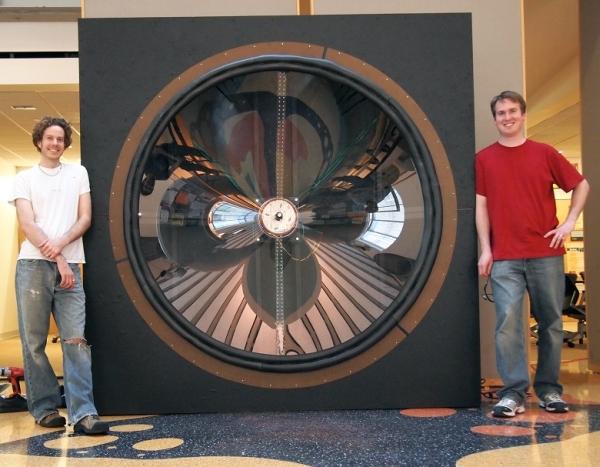 Giant-speaker.jpg