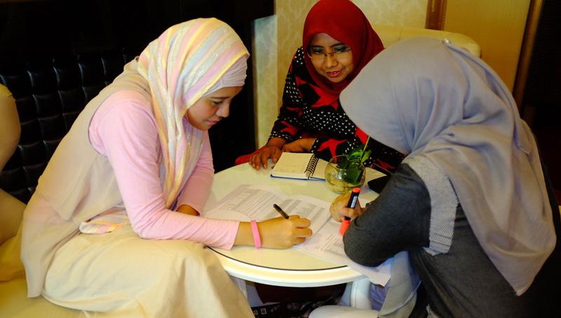 belajar-bersama-yulia-riani.jpg