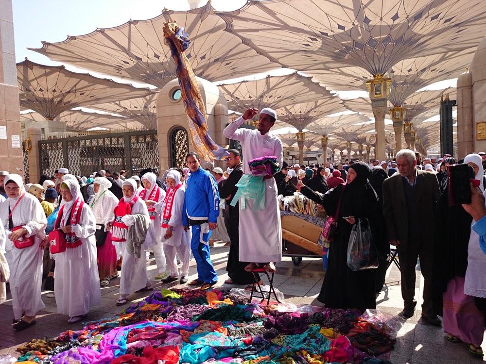 pasar-kaget-masjid-nabawi-3.jpg