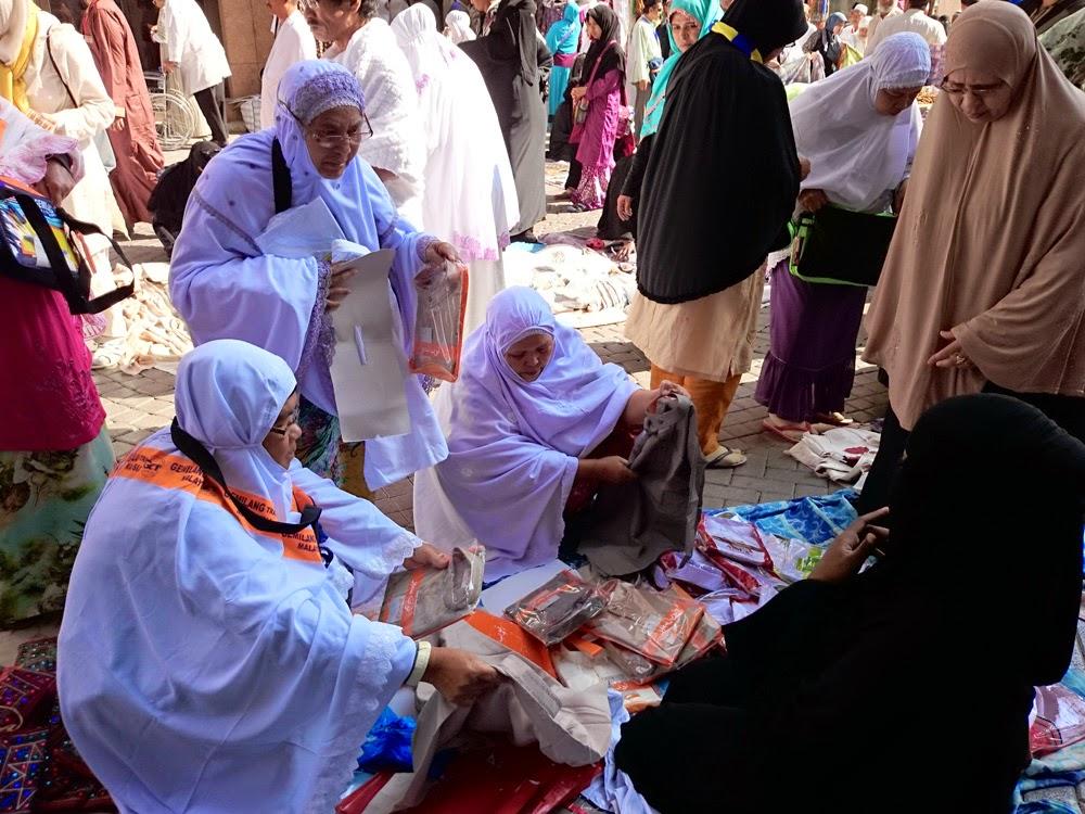 pasar-kaget-masjid-nabawi-1.jpg