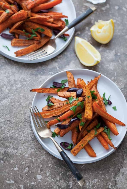 MOROCCAN SPICED ROASTED SWEET POTATOES AND CARROTS