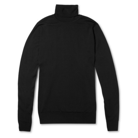 BLACK TURTLENECK.jpg