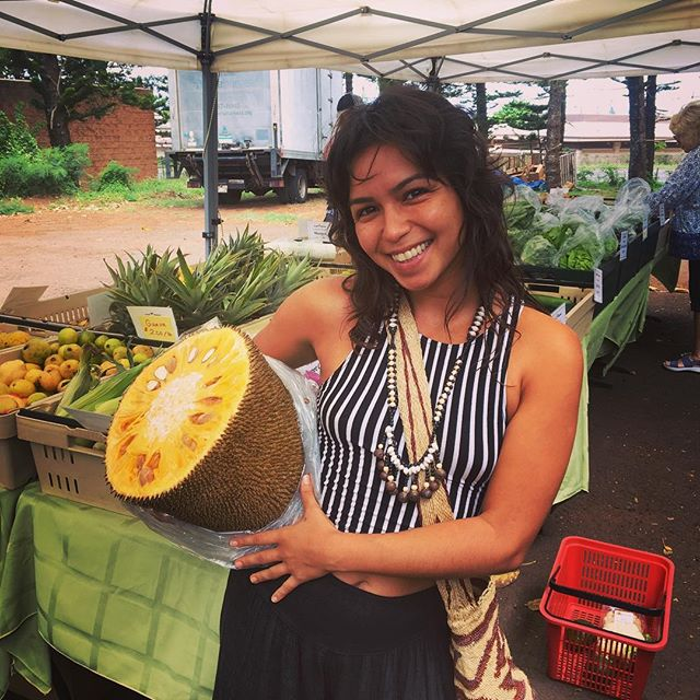 Weighing in at 16lbs for a half jackfruit, not bad. Ready to feed an army.  Save the date for our first annual Lilikoi festival! All fruits welcomed! September 22nd * * * #fruit #fruitfestival #jackfruit #celebration #farmersmarket #farmersmarkethawaii #napilifarmersmarket #napili #maui #hawaii #organic #local #localfarmers