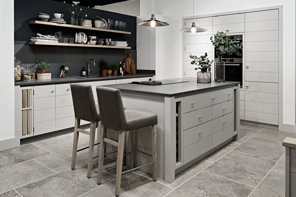 Our Limehouse display kitchen, a contemporary and sleek style, hand-painted in Lily and Fog.