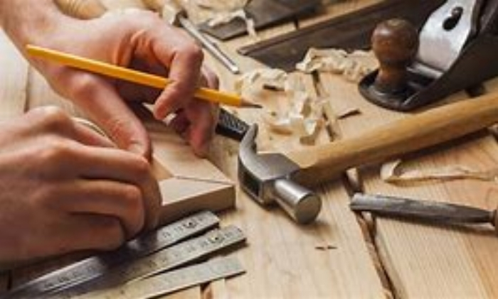 - The workshop currently has 8 skilled craftsmen using a combination of traditional techniques and modern machinery to capture the very best in furniture and kitchen making.