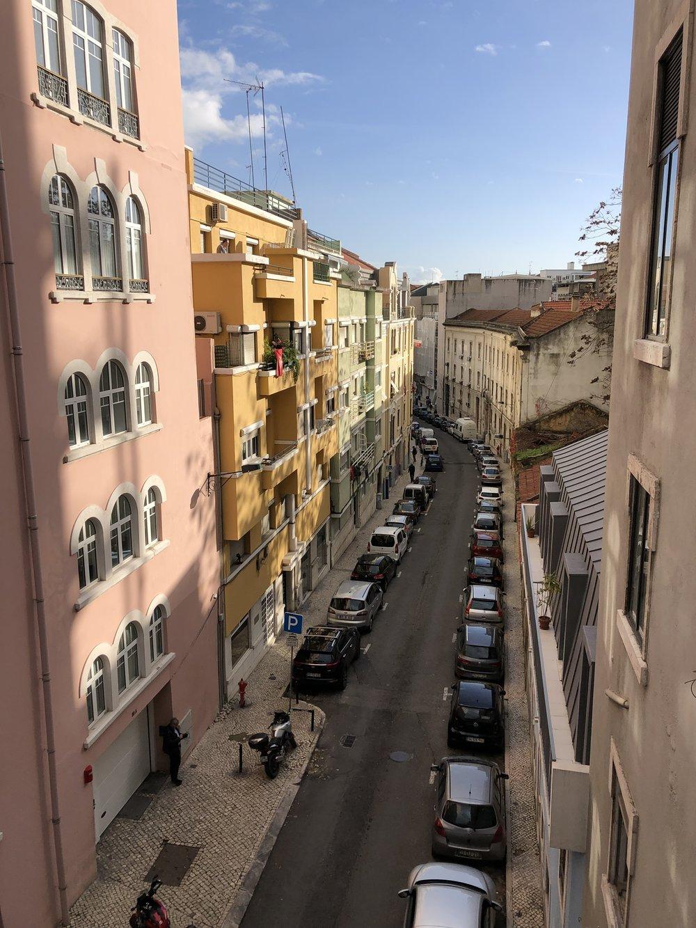 Lisbon. 建物の色が可愛いの。