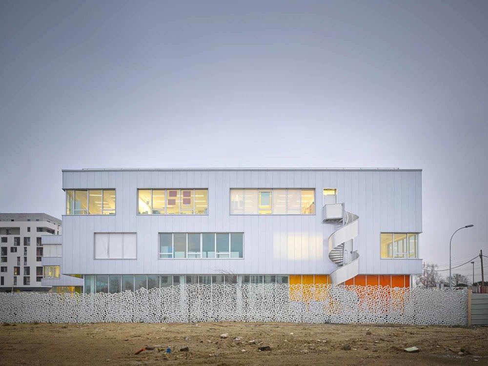 Chartier Dalix // Groupe scolaire Fresnes, France