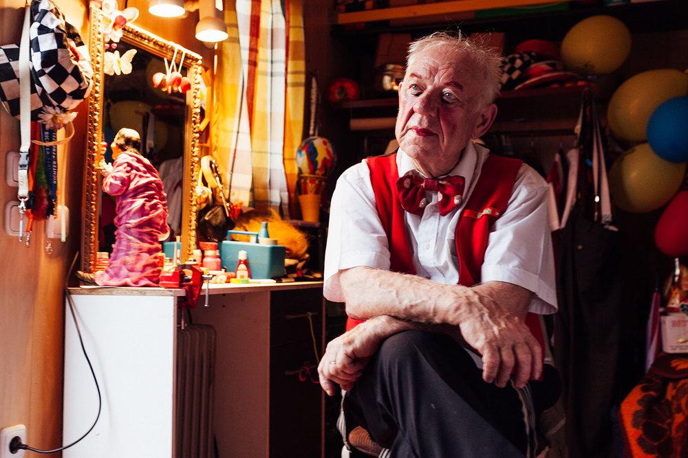 Künstlerportraits des Clown Oleg Popov vor seiner Show in Berlin