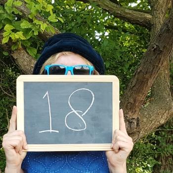 In 2018 werd mijn bedrijf ZinVol 18 jaar en daarmee officieel volwassen. In dit blogartikel staat waarom ik ontslag nam en wat ik als ondernemer hoopte te vinden in het zelfstandigenbestaan. Foto: Nanda Jansen of Lorkeers.