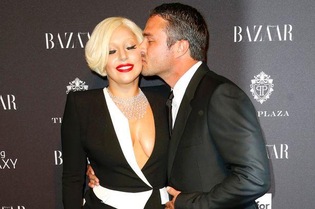 Lady-Gaga-and-Taylor-Kinney.jpg