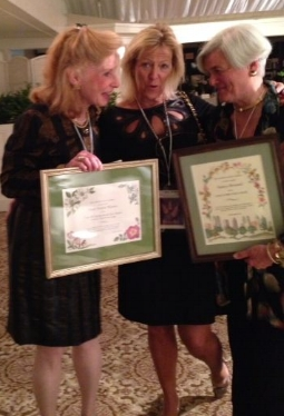 AGC's own Nancy Howard (right) receiving the GCA Zone III Directors' Award