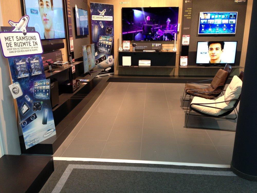 Samsung Shop-in-shop platform